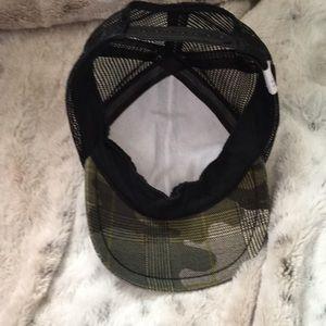28841c3e George Hats Accessories - George Hats Camo Trucker Cap